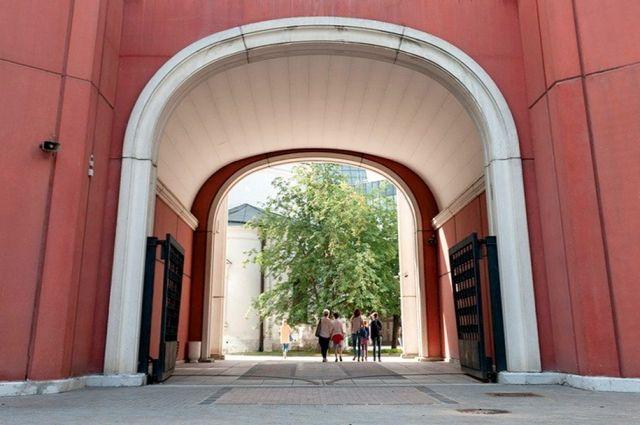 Третьяковская галерея открыла для посещения внутренний двор