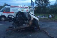 Водитель и 20-летний пассажир получили травмы.