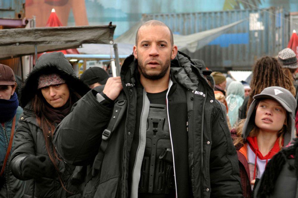 В фантастическом боевике «Вавилон нашей эры» (2008) актёр исполнил роль наёмника Туропа.