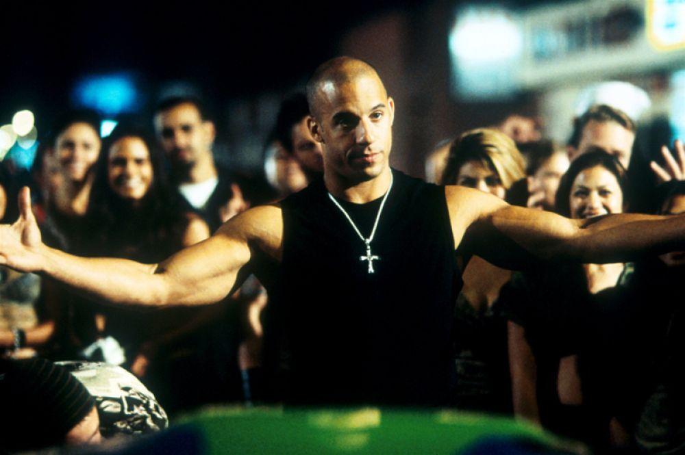 В 2001 году на экраны вышел боевик «Форсаж» режиссёра Роба Коэна, где актёр сыграл роль Доминика Торетто, главаря банды уличных гонщиков, занимающихся мелким разбоем.