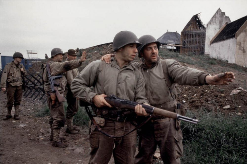 Первый опыт Вина в большом кино произошёл, когда Стивен Спилберг пригласил его сняться в фильме о Второй мировой войне «Спасти рядового Райана» (1998). Актёр исполнил в картине второстепенную роль — рядового Адриана Капарзо, которого убили в первой половине фильма.