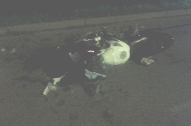 ВПерми мотоциклист без прав врезался вспецмашину