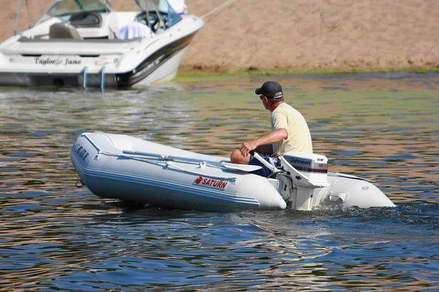 ЕСзапретил торговать  вЛивию надувные лодки— Новые санкции