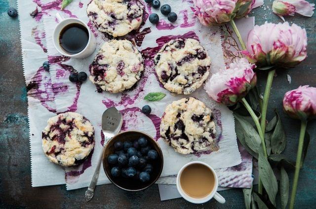 Нежные маффины с черникой - один из самых популярных десертов в мире.