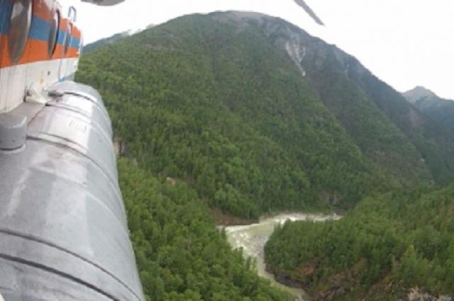 Спасатели обнаружили лагерь туристов с воздуха.