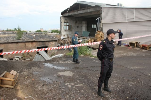 ВКрасноярске обрушилось заброшенное сооружение впер.Телевизорный