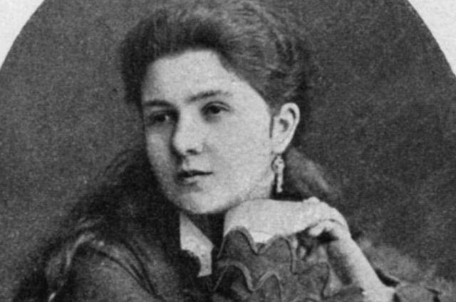 Красивым голосом Антонины Ивановны восхищался весь высший свет.