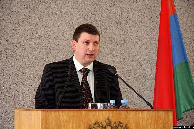 Экс-спикера Петросовета вновь вызывают в суд