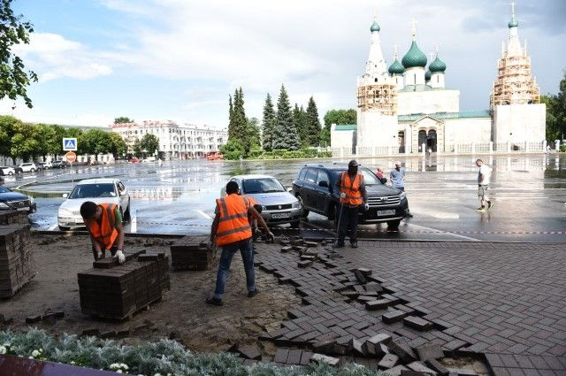 Снятая плитка сСоветской площади ляжет на остальные улицы Ярославля