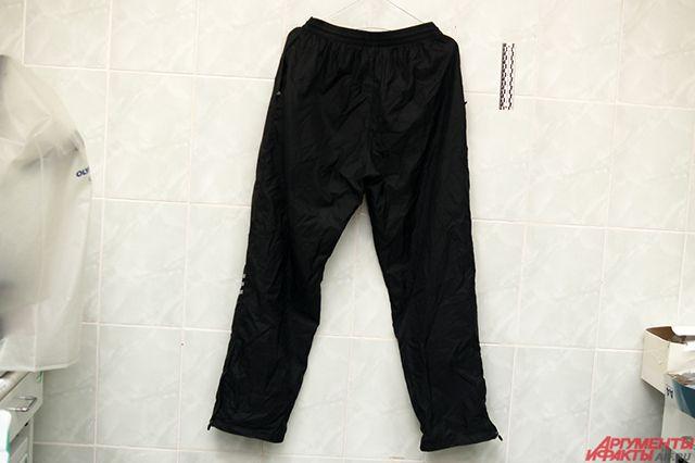 В Новом Уренгое подростка уговорили совершить кражу брюк