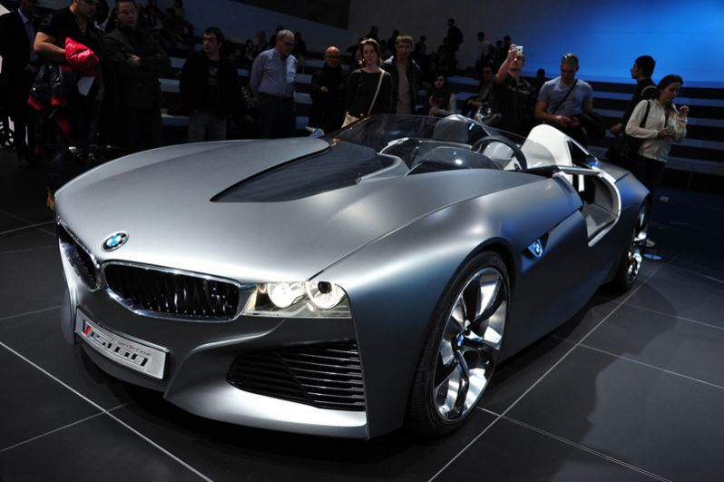 BMW Vision Connected Drive 2011 года.