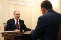Владимир Путин отметил способность Евгения Куйвашева оперативно решать острые вопросы.