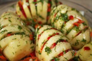 Несколько клубней молодого картофеля могут обеспечить организм суточной нормой витамина С.