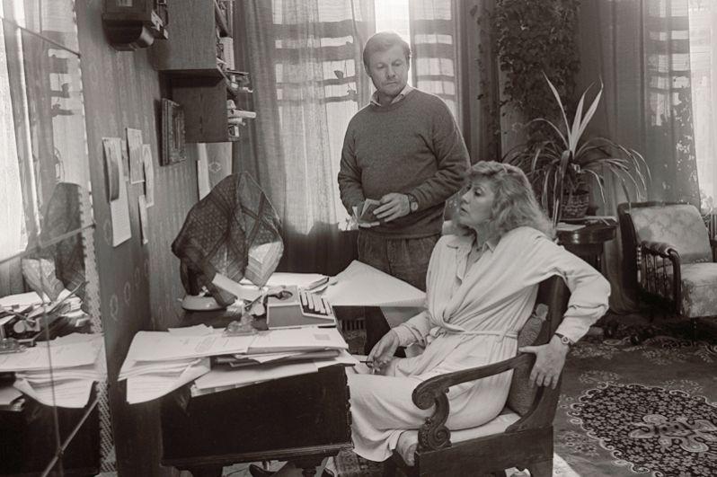 Фильм «Зимняя вишня 2» режиссёра Игоря Масленникова, 1990 год. На снимке: Ирина Мирошниченко и Виталий Соломин.