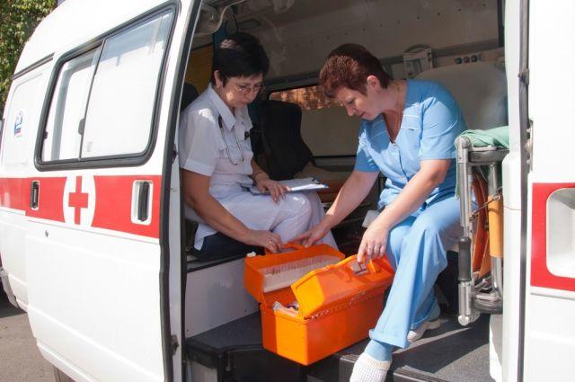 ВХабаровске наркоман набросился сножом на медперсонала влифте, требуя наркотики