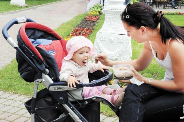 В Губкинском девочки рождаются чаще