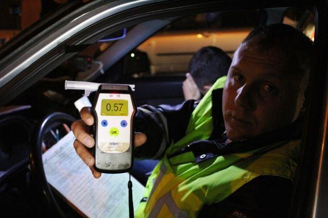Более 60 пьяных водителей поймали за два дня.