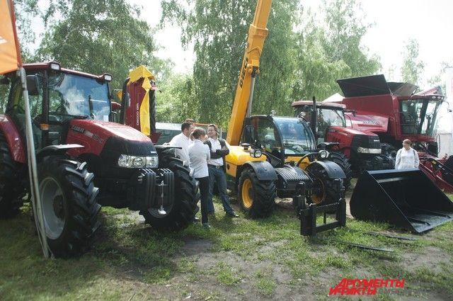 Выставка традиционно собирает множество производителей и покупателей сельхозтехники.