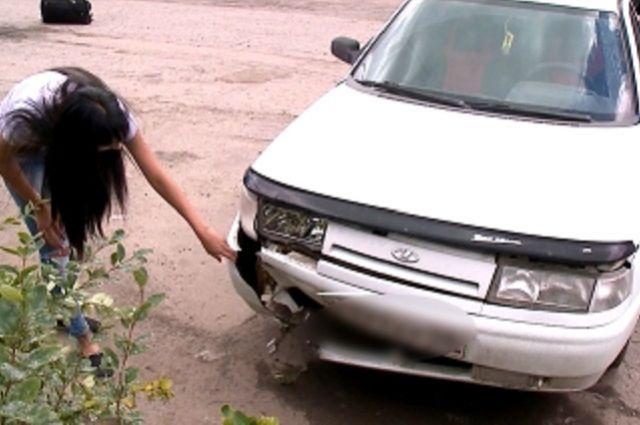 Хозяйке машины предстоит подсчитать ущерб.