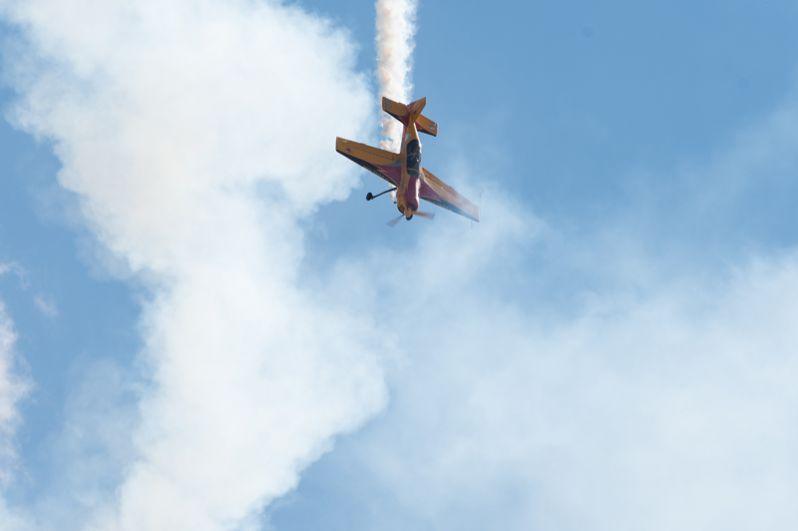 Самолет российской пилотажной группы «Первый полёт».