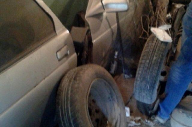 Фото сделано в гараже подозреваемых
