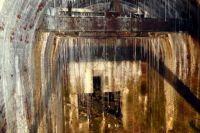 Размер сталактитов в ставке фюрера достигает 2,5 метров. Каждый год они растут на 3,5 сантиметра.