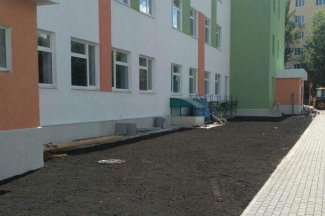 Открытия новой школы с нетерпением ждут местные жители.