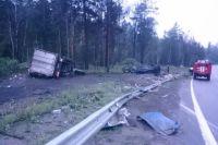 Место смертельного ДТП в Шелеховском районе.