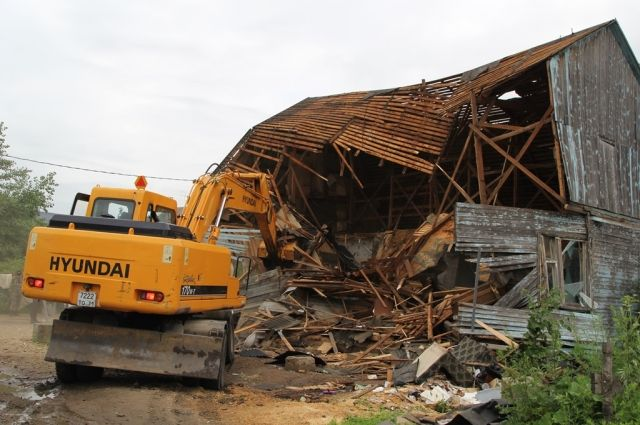Вселе Хрущёво под бульдозер пошли 5 цыганских домов