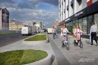 Тротуары на улицах замощены долговечной гранитной плиткой и значительно расширены.