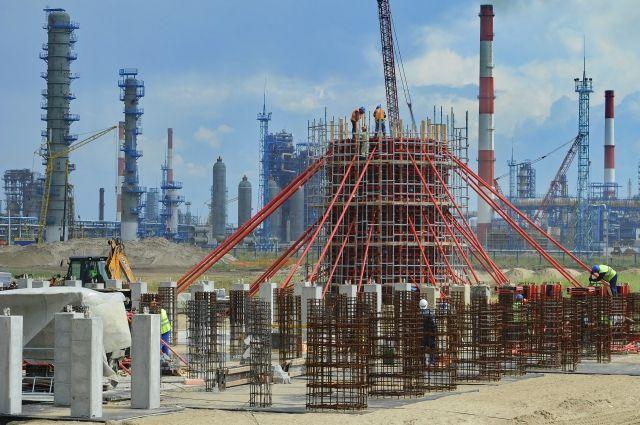 «Газпром нефть» построит на омском НПЗ комплекс замедленного коксования