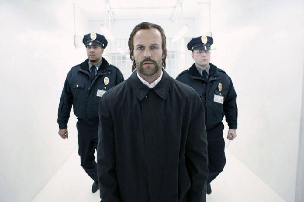 «Револьвер» (2005) — Джейк Грин.