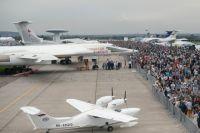 На авиационно-космическом салоне гражданской техники постепенно становится больше, чем военной.