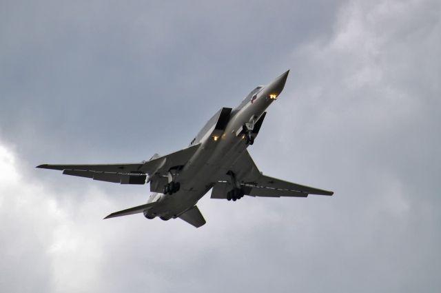 Британский истребитель сопроводил российские Ту-22 над Черным морем
