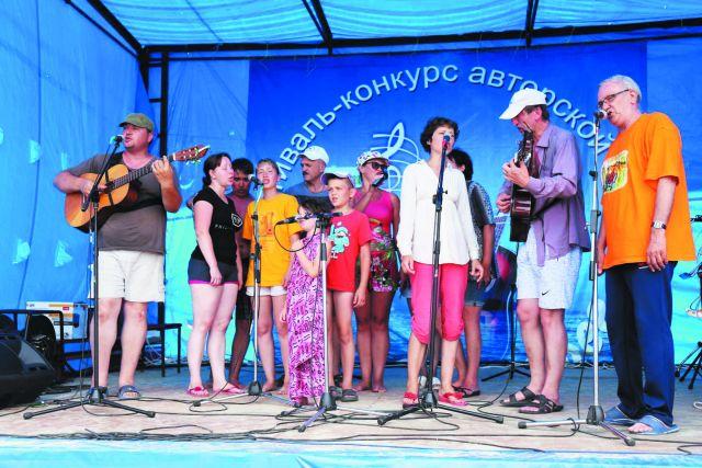Участники фестиваль - люди самых разных возрастов.
