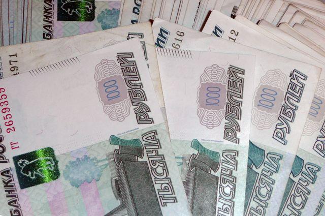 В Оренбуржье замдиректора дома престарелых подозревают в отмывании денег.