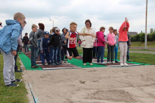 Во всех сельских школах региона обещали создать условия для занятий спортом.