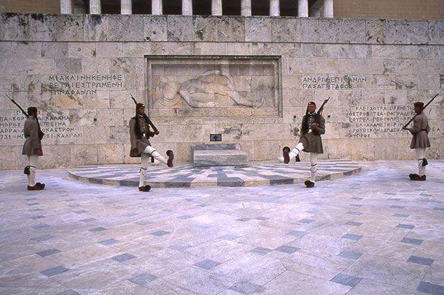 Почетный караул в Греции.