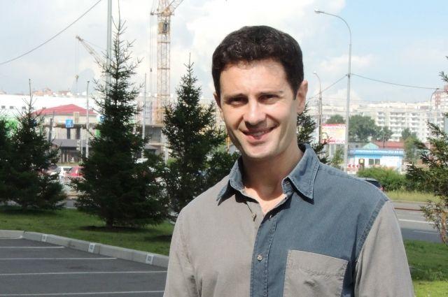 Через несколько часов после прилёта А. Макарский был уже на съёмочной площадке.