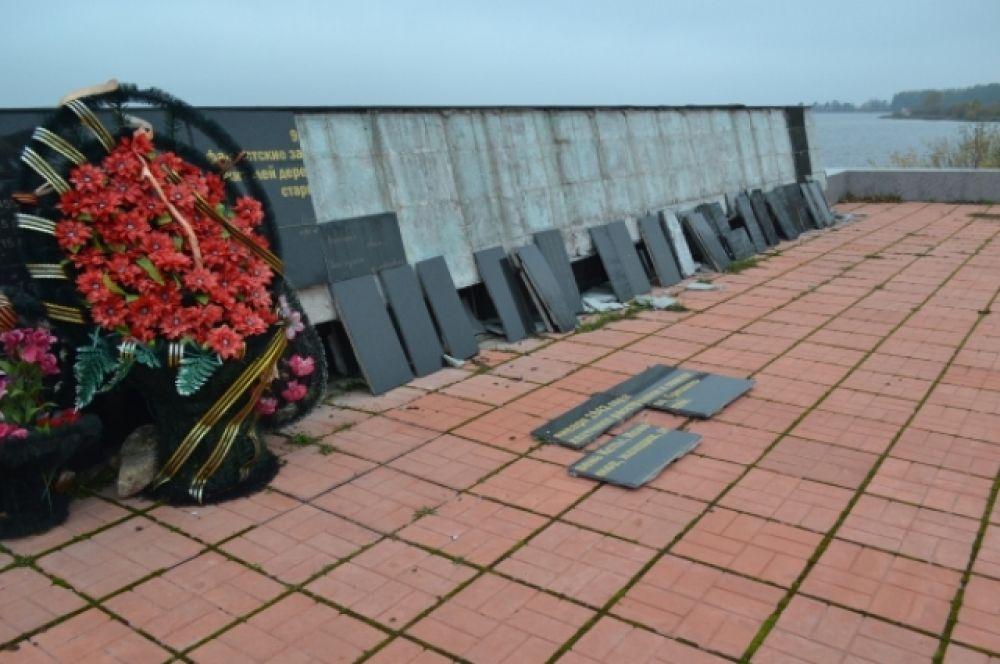 В Тверской области разрушается уникальный мемориальный комплекс «Ксты» (19 июля)
