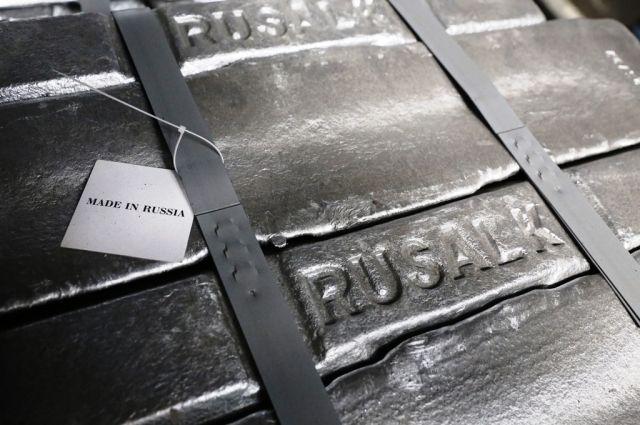На заводы, расположенные в Сибири, пришлось 94% от общего объема выпуска алюминия.