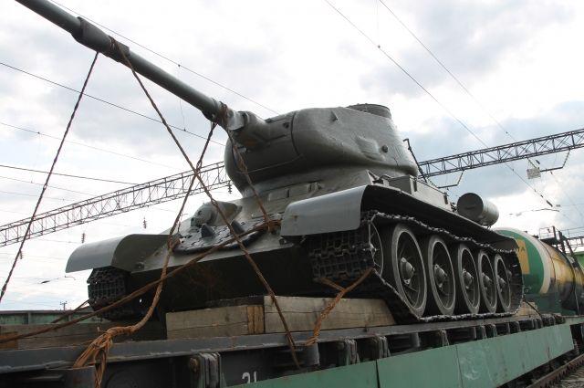 Натри года осудили москвича запопытку ввезти танк вКазахстан