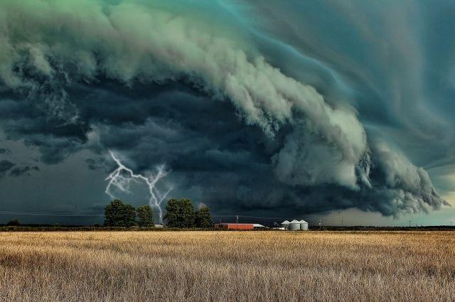 ГСЧС: Из-за непогоды вУкраинском государстве 109 населенных пунктов остались без света