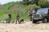 Пограничники обнаружили нарушителя государственной границы.