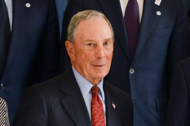 Основатель Bloomberg LP и бывший мэр Нью-Йорка Майкл Блумберг на восьмом месте — 53,3 миллиарда долларов.