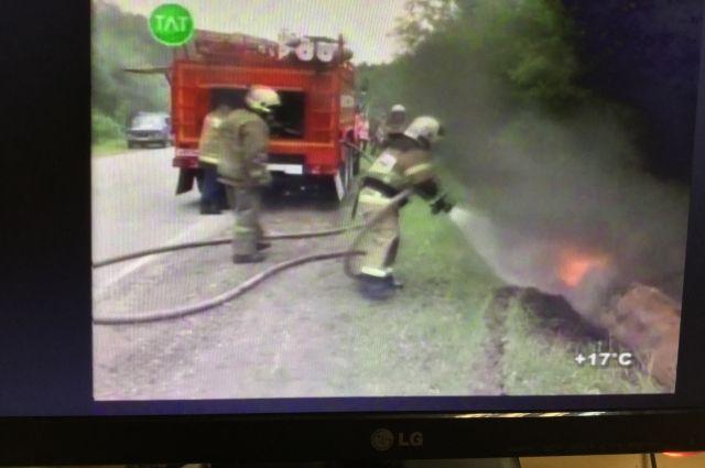 На Ямале вновь сгорела иномарка