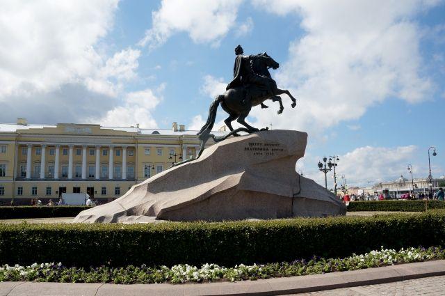 Георгий Полтавченко подписал распоряжение осоздании «Единой карты петербуржца»