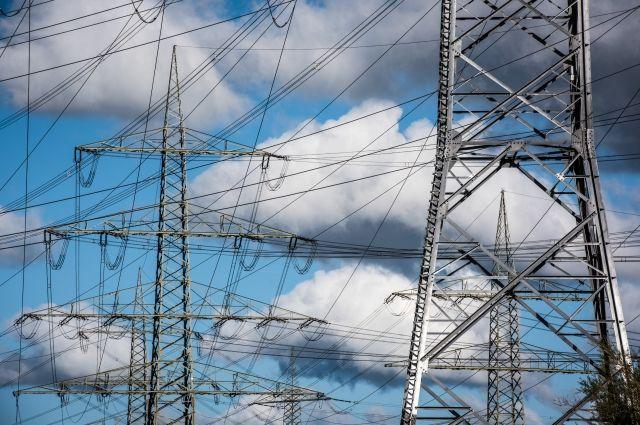 Минэнерго объяснило отключение вКрыму света «аномально высокими температурами»