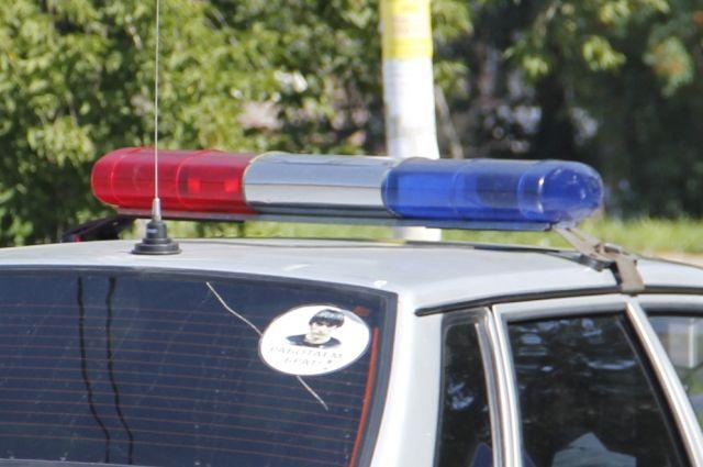 Полицейские выясняют обстоятельства ДТП со смертельным исходом.