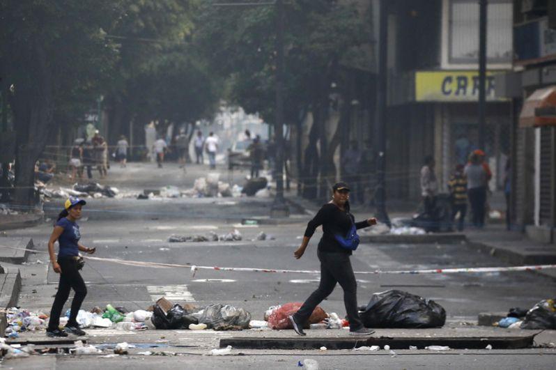 Улицы Каракаса в день выборов учредительного собрания.